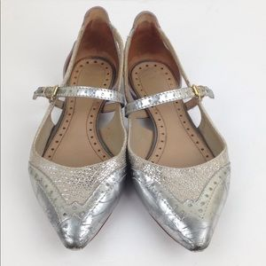 Tory Burch Metallic Silver Point Toe Flats 6
